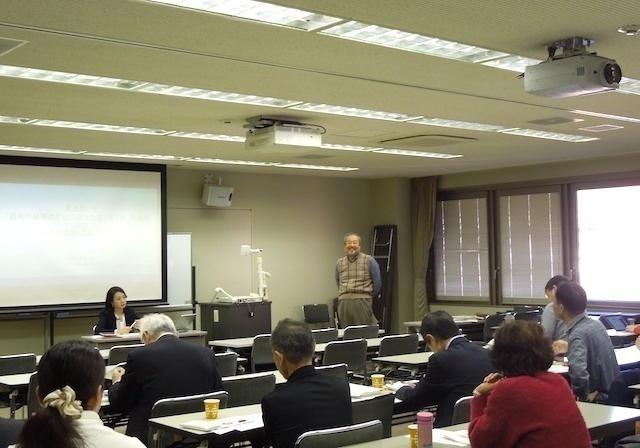 杉本准教授と石塚 伸一 本学法学部教授、犯罪学研究センター センター長