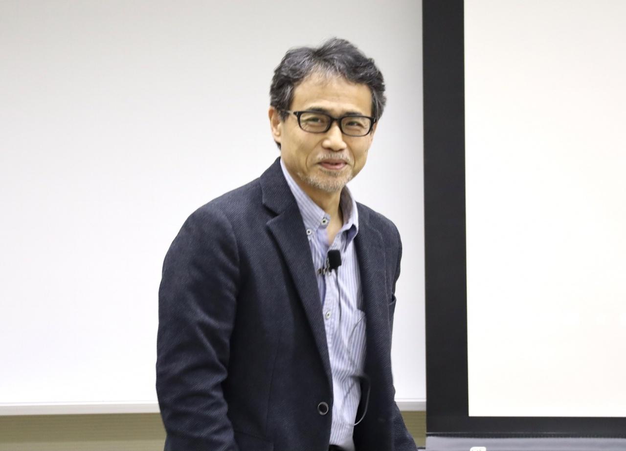 片岡 邦好教授(愛知大学文学部)